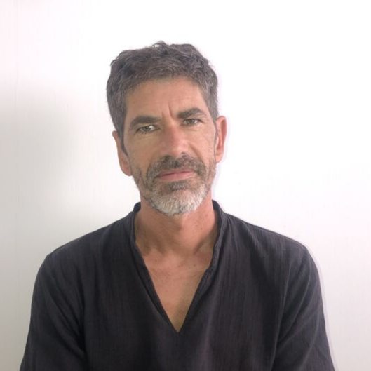 Nicolas DESCAVES